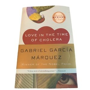 BOGO Free🌻 Love in the time of cholera NWT